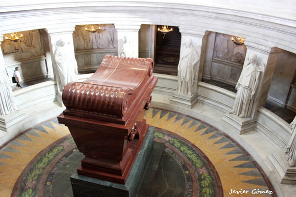 les-invalides-tumba-de-napoleon