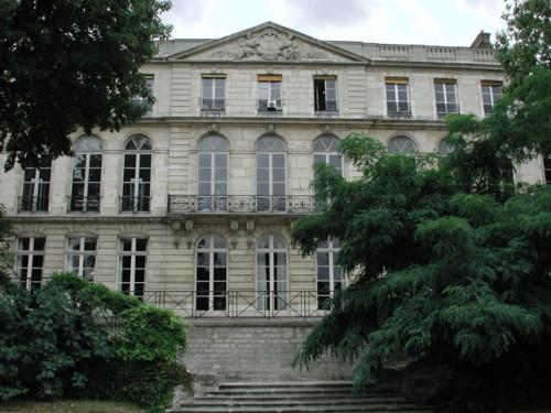 Escuela y Museo de Mineria